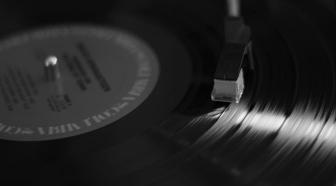 Vinile contro download