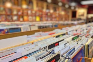 records-978813_960_720